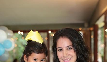 Renata y Pupi Torrescano.