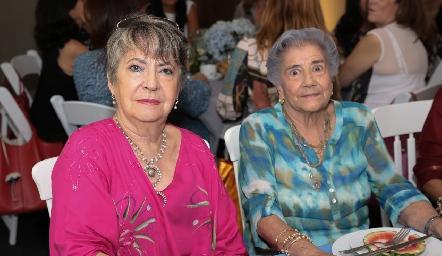 Maru Ugalde y Margarita García.