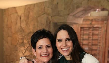 Tita García y Luciana Rodríguez.