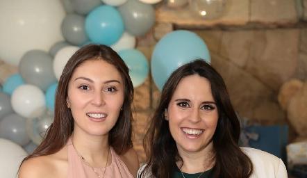 Liliana Medina y Luciana de Oliva.