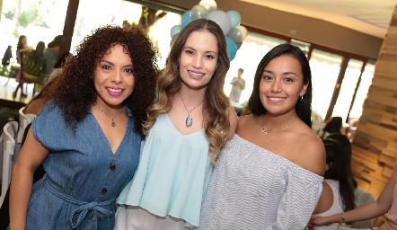 Dafne Madrigal, Bárbara Portales y Sarahí Flores.