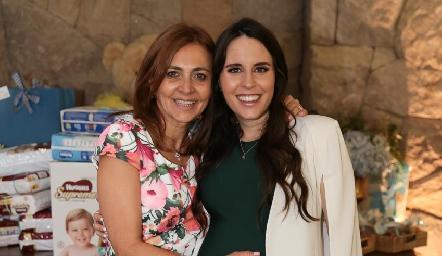 Liliana Botino y su hija Luciana Rodríguez.
