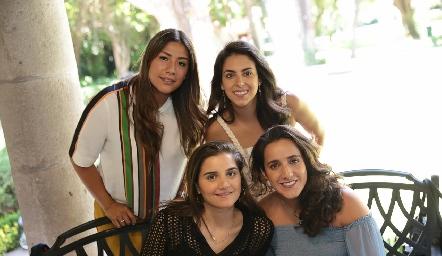 Carmelú Díaz, Regina Oliva, Eugenia Musa y María Lavín.