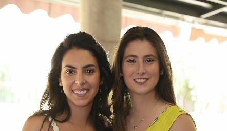 Regina y Nuria Oliva.