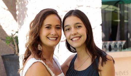 Sofía y July Contreras.
