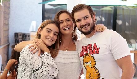 Bárbara de la Garza, Sofía y Felipe Martín Alba.