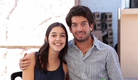 Juli Contreras y Tony Villanueva.