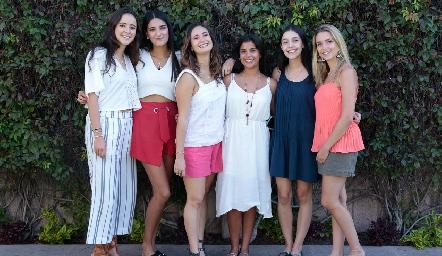 María Cueli, Daniela Mares, Sofía Loredo, Ceci Sánchez, Juli Contreras y Faustina Villarreal.