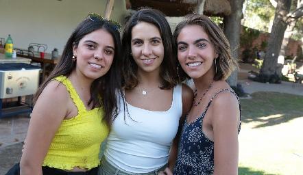 Selene Rosales, Vero Gómez y María Ovalle.