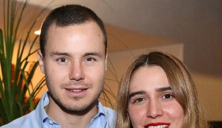 Humberto Meza y Anasty Cano.