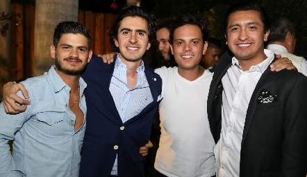 Óscar Cabrera, Memo Gómez, Jorge Naya y Rafael Villanueva.