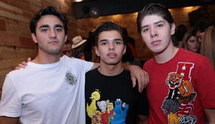 Santiago Alcalde, Gonzalo Alcalde y Emiliano Bustamante.