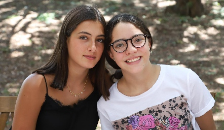 Marina y Carlota.