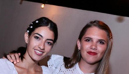 Montse Madrigal y Sofía Solana.