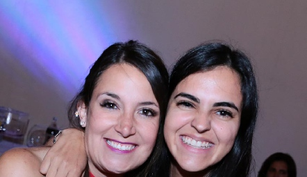 Elsa Espinosa y Fer Atisha.