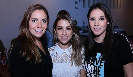 Cristina Ramos, Ana Gaby Ibarra y Regina Soberón.