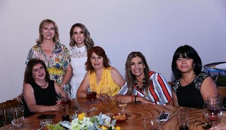 Maru Bárcena, Ana Gaby Ibarra, Rosaura López, Rocío Álvarez, Sara Márquez y Lety Parga.
