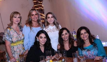 Maru Bárcena, Ana Clara Bárcena, Ana Gaby Ibarra, Adri de la Maza, Silvia Medrano y Patricia Silos.