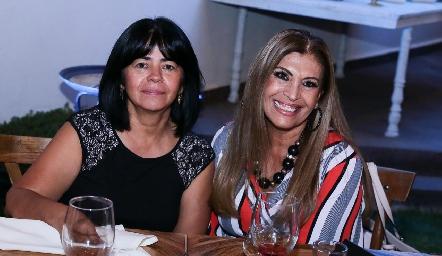 Lety Parga y Sara Márquez.