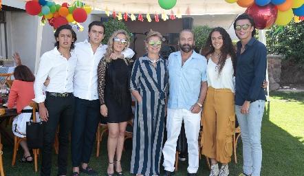 Juan Pablo y Oscar Ruiz, Mónica Torres, Mónica Labastida, Óscar Torres Corzo, María Meade y Jaime Ruiz.