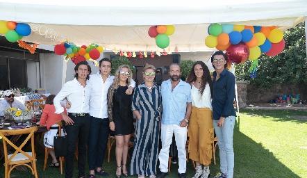 Juan Pablo y Óscar Ruiz, Mónica Torres, Mónica Labastida, Óscar Torres Corzo, María Meade y Jaime Ruiz.