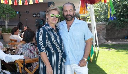 Mónica Labastida y Óscar Torres Corzo.