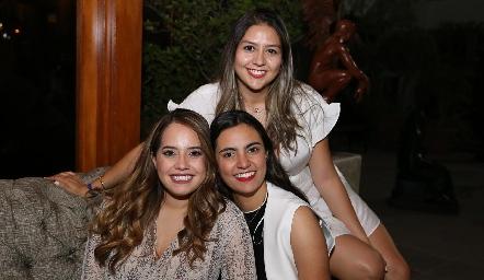 Alejandra Salinas, Isa Rosillo y María José Mata.