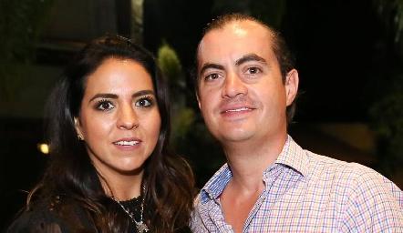 María Fernanda Castillo y Christian Almazán.