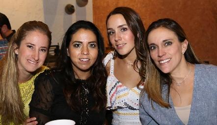 María José Andrés, María Fernanda Castillo, Ximena Castillo y Daniela Llano.