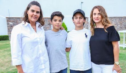 Gaby Díaz Infante, Mauricio Vera, Javi Fernández y Viviana Navarro.