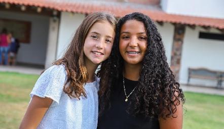 Camila y Ale.