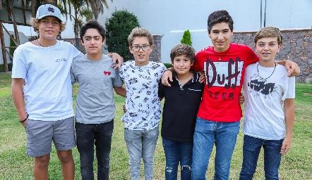 Nico, Gerry, Juan Pablo, Marcelo, Emilio y Cali.