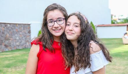 Paola y Camila.