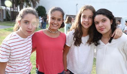 Regina, Macarena, Camila y Majo.