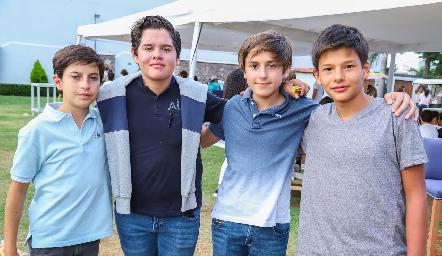 Martín, Luis Paulo, Leo y Teo.