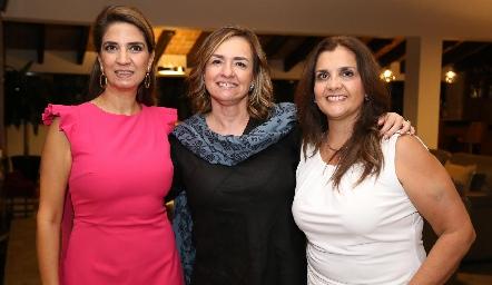 Lulú Velázquez, Brenda Álvarez y Sabrina Gaviño .
