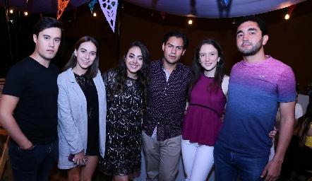 Daniel Estada, Andrea Villasana, María Paula Gómez, Joel González, Maite Cárcova y Alfonso Jerez.