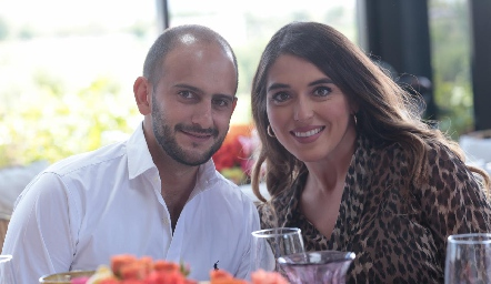 Juan Esteban y Cynthia Clemente.