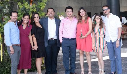 José Antonio Gutiérrez y Estefanía Díaz Infante, Isa Torres y Alejandro Torres, Adrián Martínez y Montserrat Muñiz, Isa Garza y Jorge Meade.