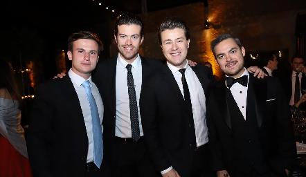 Santiago Corripio, Roberto, Gastón y Pedro Pablo Lozano.