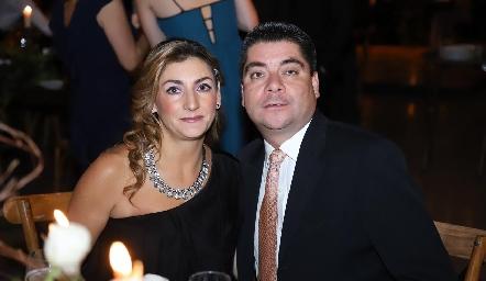 Priscila y José Alberto González.
