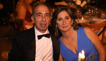 Pepe y Mónica Medlich.