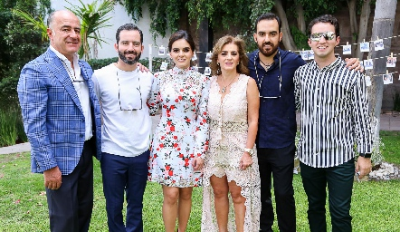 Familia Olmos Carrera, Rafael, Joaquín, Adri, Adriana, Rafa y José Julián.