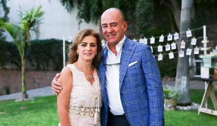 Adriana Carrera y Rafael Olmos.