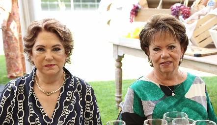 Maty y Pilar Ocejo.