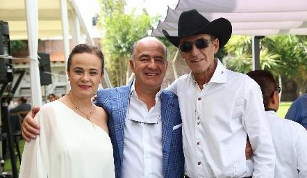 Gabriela Rodríguez, Rafael y Miguel Olmos.