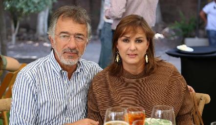 Alejandro Abud y Catherine Barrett.