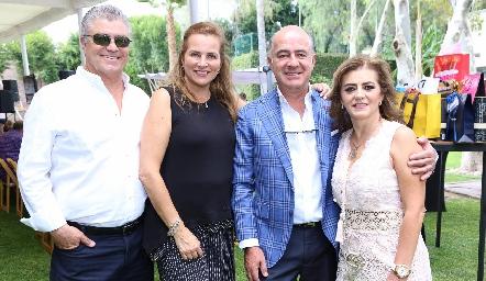 Roberto Lozano, Patricia Del Bosque, Rafael Olmos y Adriana Carrera.
