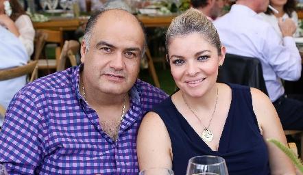 Aurelio Argüelles y Sandra Pérez.