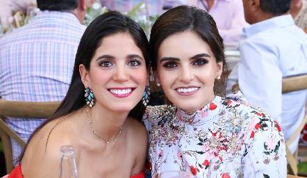 Maribel Rodríguez y Adriana Olmos.